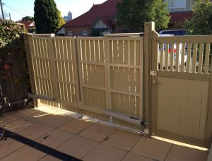 Bi Fold Gate – Cremorne
